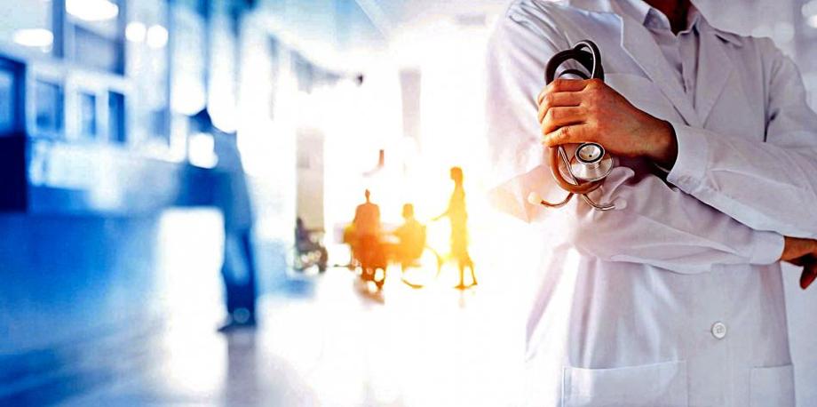 Hay cerca de 35.000 médicos especialistas en el país, según Sociedades Científicas