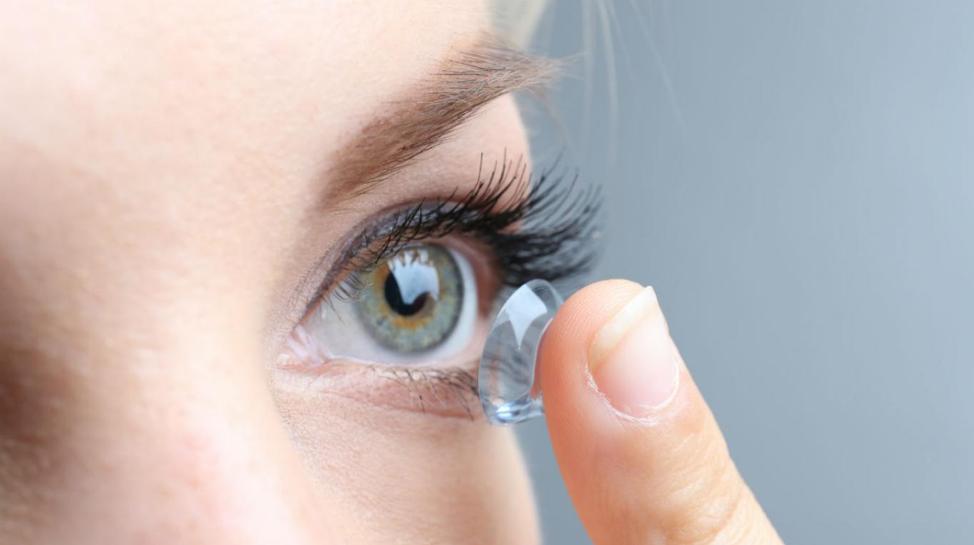 ABC para cuidar la higiene al usar lentes de contacto